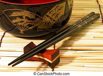 tazón de madera, y, chospticks