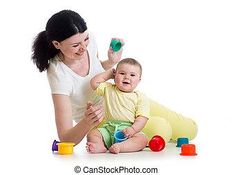 tazza, madre, insieme, giocattoli, ragazza, gioco, capretto