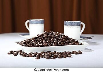 tazze caffè, fagioli, due, arrostito