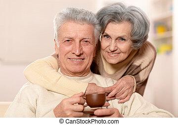 tea, öregedő emberek