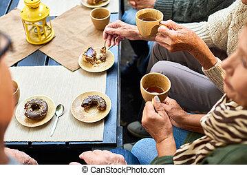 tea, idősebb ember, élvez, emberek, idő