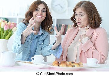 tea, iszik, lány, öregedő, anya