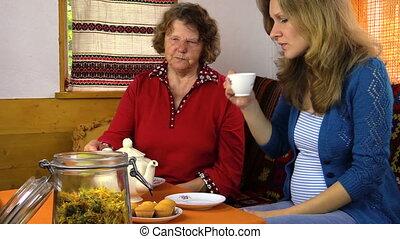 tea time woman table
