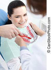 Teaching how to clean teeth correctly
