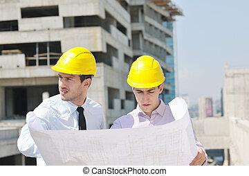 team, van, architecten, op, gebouw stek