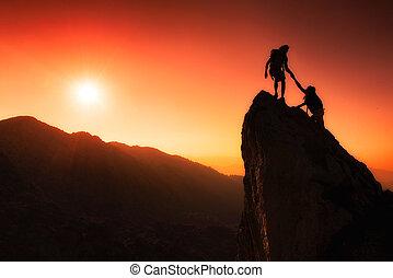 team, van, klimmers, helpen, om te, veroveren, de top