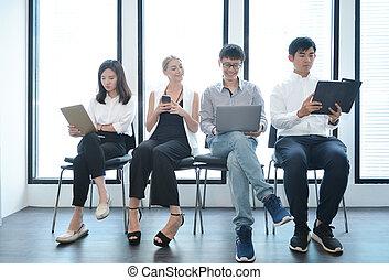 teamwork, od, międzynarodówka handlowa, ludzie, wpływy, do, nawzajem, w, biuro