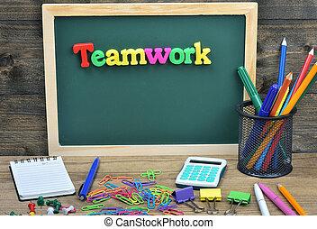 teamwork, słowo