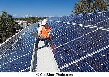 technicien, panneau solaire