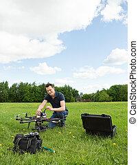 technicien, préparer, multirotor, hélicoptère