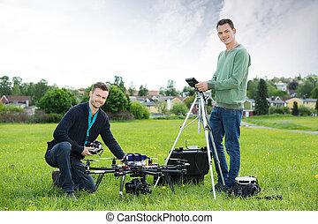 techniker, arbeiten, uav, hubschrauber