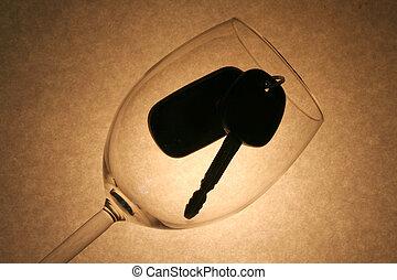 tecla carro, em, um, vidro vinho, bêbado, motorista