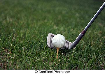 tee up a golf shot