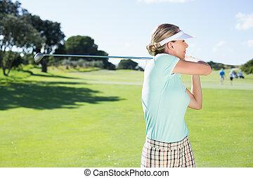 teeing, golfista, de, dama, día