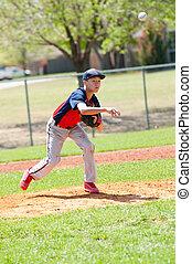 Teen baseball pitcher