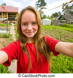 teen-girl, levando, um, selfie, país, house.