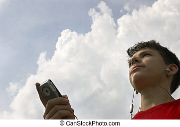 teen listen mp3 files on cell-phone