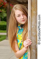 teen portrait outdoors
