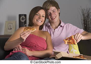 teenage, cieszący się, para, pizza