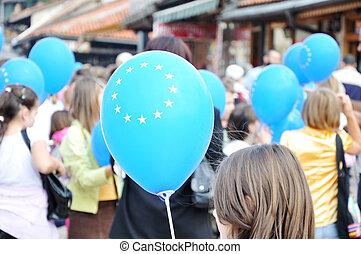 teenage, grupa, ludzie, dzierżawa, eu, balony