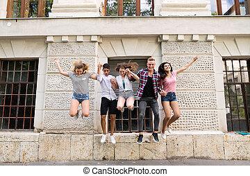 teenage, grupa, studenci, uniwersytet, skokowy, high., przód