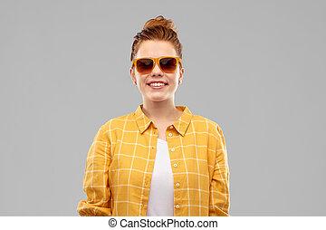 teenage, sunglasses, haired, uśmiechnięta dziewczyna, czerwony