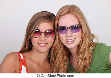 teenagers with sunglasses