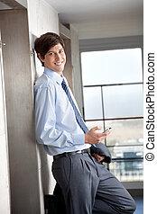 teléfono celular, hombre de negocios