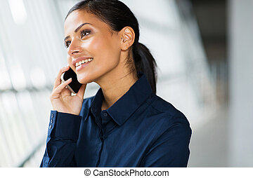 teléfono celular, trabajador, oficina, hablar