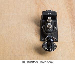 telégrafo antiguo, llave, en, un, escritorio