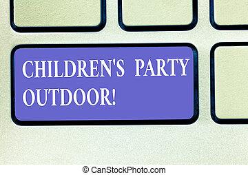 telclado numérico, foto, señal, tenido, planchado, teclado, mensaje, niños, outdoor., intention, exterior, casa, conceptual, fiesta, festividad, actuación, llave, niños, idea., s, computadora, texto, crear