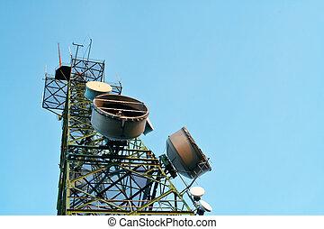 Telecommunications antennas tower