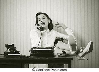 telefon, íróasztal, woman társalgás