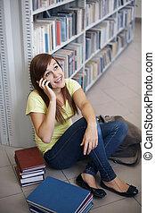 telefon, student, biblioteka, szczęśliwy