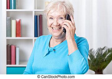 telefon woman, öregedő, beszéd