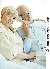telefone, falando