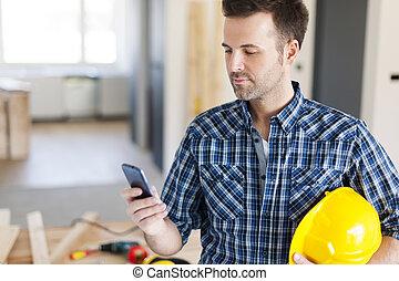 telefone móvel, trabalhador construção, contemporâneo