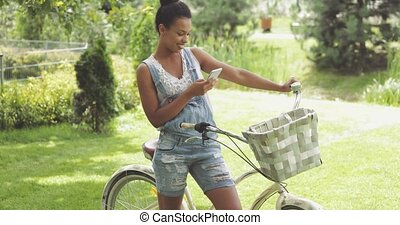 telefone mulher, bicicleta, charming