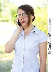 telefone mulher, jovem, falando