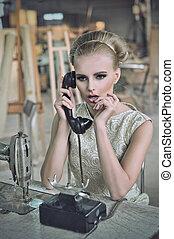 telefoner. kvinde, dejlige