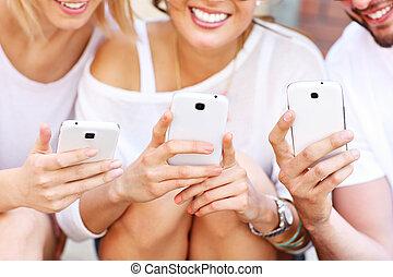 telefoner, vänner, grupp, smart, användande