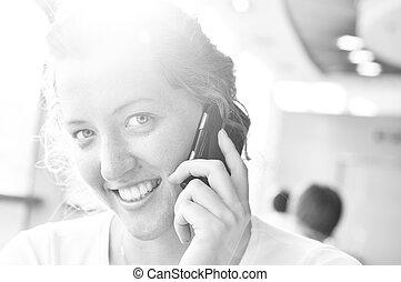 telefonierende , und, anschauen kamera