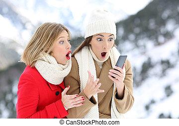 telefono, far male, amici, inverno, stupito
