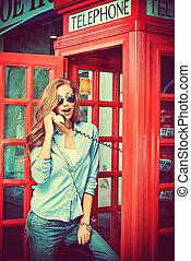telefono, strada