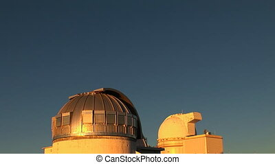 Telescope Observatory Rotating - An observation station high...