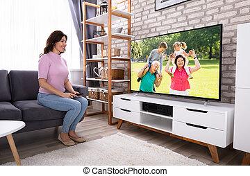 televisione, donna, osservare