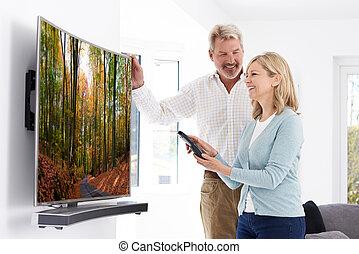 telewizja, para, łukowaty, dojrzały, nowy dom, ekran