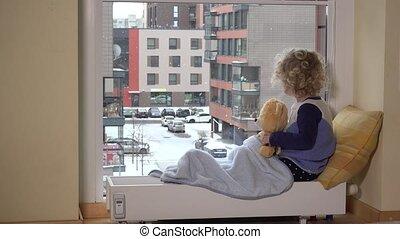 tempête neige, teddy, neige, ours, regarder, fenêtre, par, ami, automne, girl, mieux