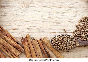 temperos, disperso, ligado, madeira, prato., inclui, canela, peppercorns