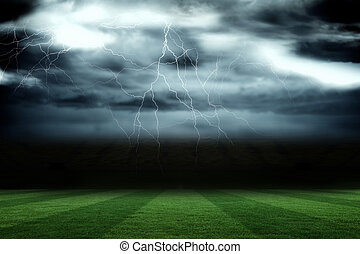 tempestuoso, campo de fútbol, debajo, cielo